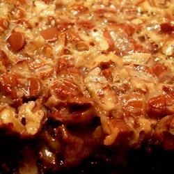 Chocolaty Pecan Pie Bars Recipe - Chocolate pecan pie that you can eat with your hands. Made the easy way with sweetened condensed milk.