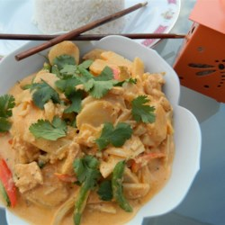 Green Curry Thai for Kings Recipe - This is my own recipe for green Thai curry. It's full of flavor, and it will warm you from the inside out. Special, elegant, and absolutely delicious. Watch out! This can be spicy. You'll be patting yourself on the back after this one. So will everyone else. I'd serve this to a king. Serve with white rice.