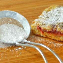 Confectioners' Sugar Recipe - No powdered sugar in the house? No problem! Make your own confectioners' sugar with this quick and easy DIY recipe that calls for 2 ingredients.