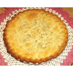 Funeral Pie Recipe - This a pie seen quite often in Amish homes. Because it is easy, quick, and made from pantry ingredients, it was often taken to the family of those grieving over a passing.