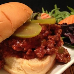 Women's Club Sloppy Joes Recipe - The sauce in this sloppy joes recipe with onion and bell pepper is made with chili sauce and tomato sauce.