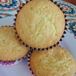 Quick and Simple Fairy Cakes Recipe - Fairy cakes, also known as cupcakes, are quick and easy to prepare using 4 simple ingredients.