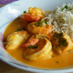 Indian Shrimp Curry Recipe and Video - This is a subtle and richly-flavored curry that complements the shrimp perfectly--and it's a quick and easy meal! Serve with hot cooked rice.