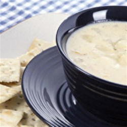 Creamy Potato Soup Recipe - This creamy potato soup with a hint of cayenne pepper is ready to serve in under an hour.