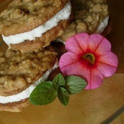 Oatmeal Whoopie Pies Recipe - Soft oatmeal cookies sandwiched together with a creamy vanilla filling.