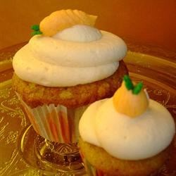 Carrot Cupcakes with Creamcheese Buttercream