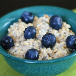 Steel Cut Oats with Blueberries and Lemon Zest Recipe - Steel cut oats with blueberries and lemon zest is an easy to make recipe that's delicious, quick, easy, and vegan-friendly.