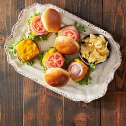 Zesty Chipotle Cheddar Burgers
