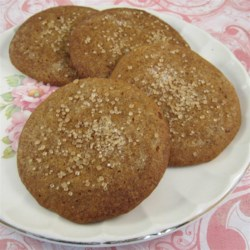 Gingersnap Cookies Recipe - This recipe makes delicious, moist, and chewy gingersnap cookies with molasses, cinnamon, and cloves for quick and easy Christmas cookies.