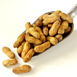 My Mom's Roasted Peanuts Recipe - This is so simple...my mom used to make these all the time.  You won't believe how easy this one is.