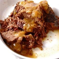 Bottom Round Roast with Onion Gravy Recipe - This is the easiest roast recipe and requires little work for a lot of flavor. The vinegar sounds awful but it makes it really good. Its an easy main dish for busy moms!