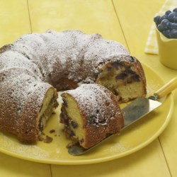 Blueberry Sour Cream Coffee Cake Recipe - One really delicious and really unhealthy Sunday coffee cake. I have no idea where I got this recipe from but it was about thirty years ago and has been a family favorite since. The bake time is a bit longer if you're using frozen berries.