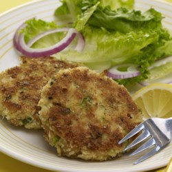 My Crab Cakes Recipe - Great crab cakes with lots of flavor and spice. Serve with a crisp white wine!