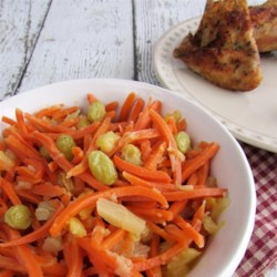 Sweet Carrot Salad Recipe - This salad is sweet and simple - great for a BBQ or a pot luck and best when left to sit for an hour to let flavors meld.