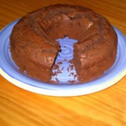 Easy Chocolate Cake Recipe - This chocolate cake is good for any occasion at any time of year. I have been baking this for two years.