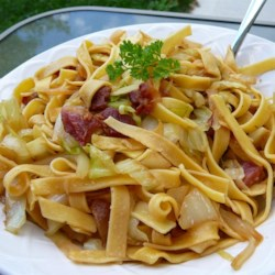Easy and Quick Halushki Recipe - You can make haluski, a comforting, hearty dish of bacon, egg noodles and cabbage, with only five ingredients in about half an hour.