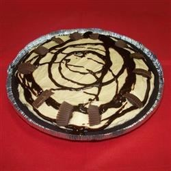 EZ Peanut Butter Pie I Recipe -   This pie is somewhere between a cream cheese pie and a peanut butter pie. If you like either, you 'll love this simple-to-make frozen pie. Creamy peanut butter is stirred into a mixture of cream cheese, sugar and vanilla. Then whipped topping is stirred into that, and this yummy filling is spooned into a prepared crust and frozen.
