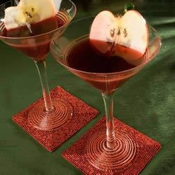 Red Apple Martini Recipe - My favorite local bar shared this recipe with me. Tastes just like a Washington red apple!