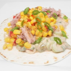 Quick BBQ Tuna Tacos Recipe - This is a quick and budget-friendly recipe for tuna tacos in a mixture of sour cream and barbeque sauce for a quick meal solution.