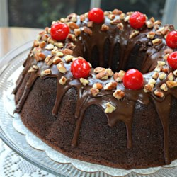 Victory Chocolate Cake Recipe - This recipe dates from World War II when sugar was in short supply and very precious.