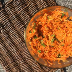 Shredded Apple Carrot Salad Recipe - This apple carrot salad recipe is a quick and colorful side dish perfect for summer picnics.