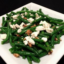 Green Beans with Feta and Walnuts Recipe - This simple side dish of green beans, feta cheese, and walnuts is surprisingly tasty and quick to prepare.