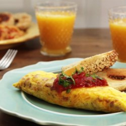 Omelet in a Bag Recipe and Video - Great for holidays when there are picky eaters in the crowd.  Can make as many as needed or just one if you like. Got this from an internet friend.  Good served with fruit and coffee cake.