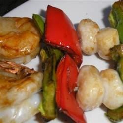 Scallop and Shrimp Kabobs Recipe - A fresh tasting Asian-inspired kabob. Preparation time: 20 minutes. This recipe is from The WEBB Cooks, articles and recipes by Robyn Webb, courtesy of the American Diabetes Association.