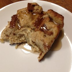 Easy Baked Banana French Toast Recipe - Easy baked banana French toast, made with bananas, eggs, and milk and lightly seasoned with cinnamon and nutmeg is a healthy start to your day.