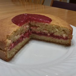 Raspberry Filling Recipe - Raspberries, sugar, and a touch of lemon juice are simmered together in this quick and easy recipe for raspberry filling.