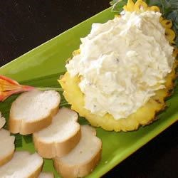 World's Best Cream Cheese and Pineapple Dip Recipe - Cool and refreshing, this simple blend of cream cheese, crushed pineapple, onion powder and garlic is sure to please everyone's taste buds!