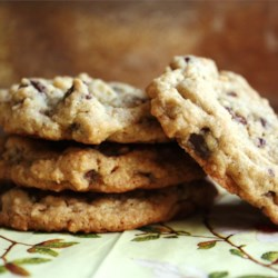 Urban Legend Chocolate Chip Cookies Recipe - A woman outraged at the $250 bill for a chocolate chip cookie recipe spreads the recipe far and wide. True story?Who knows, but it is a mighty fine cookie.