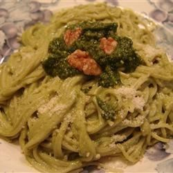 15-Year-Old Pesto Sauce Recipe - Try this simple and quick pesto on your next batch of pasta.