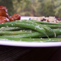Easy Garden Green Beans Recipe - This is a flavorful, simple way to dress up plain steamed green beans for an easy side dish that practically cooks itself while you are getting the rest of the meal together.