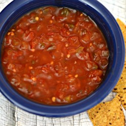Salsa Borracha (Drunk Salsa) Recipe - This is a special salsa that you can serve with Mexican tacos, fajitas, chicken or over eggs. I am from Mexico and we love it !!!. Viva Mexico! Leave the seeds in the peppers for a spicier salsa.