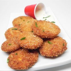 Whoa, Momma, Fried Green Tomatoes Recipe - Brown sugar makes a surprise appearance in the breading in this fried green tomatoes recipe.