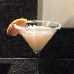 Ruby Red Grapefruit Martini Recipe - Ruby red grapefruit juice shaken with vodka and triple sec is a refreshing martini for cocktail hour.