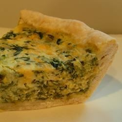 Light and Fluffy Spinach Quiche Recipe - Very tasty and fluffy quiche made with spinach and cheddar. Easy to prepare.