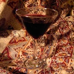 Vodka Blueberry Liqueur Recipe - Vodka, fresh blueberries and a li'l sugar go a long way in making this homemade liqueur.
