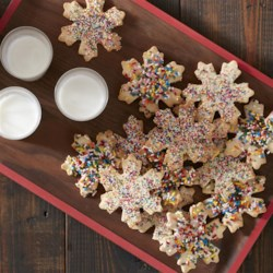 Snowflake Sugar Cookies Recipe - The holidays are a perfect time of year to spend some time baking cookies as a family. Featuring fun shapes and decorative icing, these Christmas cookies will be a hit at home or your next holiday party.