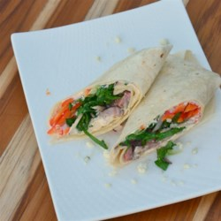 Beef and Blue Cheese Wrap Recipe - This recipe is a simple wrap idea, filling a flour tortilla with roast beef, blue cheese, red bell pepper, and romaine lettuce.