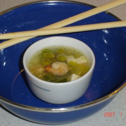 Chinese Shrimp and Tofu Soup Recipe - This is a typical Chinese soup involving ginger, shrimp, and tofu.  It is easy to make and fast!  Good for cold weather too!