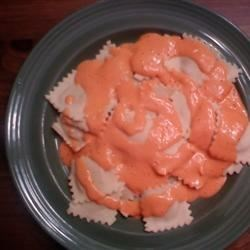 Red Pepper Cream Sauce Recipe - This cream-based sauce is seasoned with paprika, lemon juice, white pepper, and cayenne pepper.