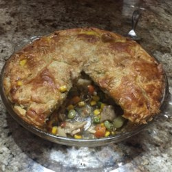 Leftover Turkey Pot Pie Recipe - Use your leftover Thanksgiving turkey, gravy, and green beans to make this delicious turkey pot pie!