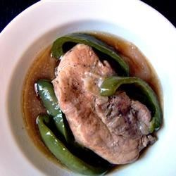 Green Pepper Pork Chops Recipe - These sweet green bell peppers are absolutely fabulous cooked down into a sauce for sauteed pork chops.