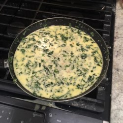 Spinach Con Queso Recipe - Spinach con queso, a spinach and cheese dip, is a creamy and simple appetizer to make for guests and potlucks.