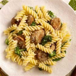 Gluten Free Chicken Sausage & Broccoli Rabe Rotini Recipe - A delicious gluten free chicken sausage and broccoli rabe rotini dish the family is sure to love.