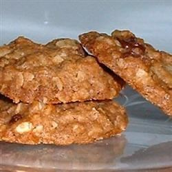 Cape Cod Oatmeal Cookies Recipe - This recipe has been in my family for many, many years.  My late mother heard this recipe given out on the radio one day years and years ago and she made them.  They are delicious and I am forwarding the recipe to you because I am afraid it may otherwise become lost over time and I wish to share it with you.