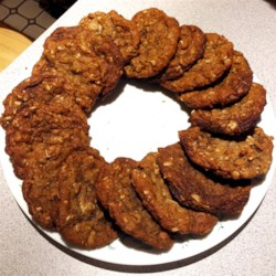Vancouver Island Cookies Recipe - This cookie from Vancouver Island is a semi-soft cookie with oatmeal, coconut, and plenty of warm spices.