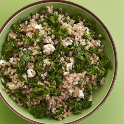 Healthy Warm Farro Salad Recipe - Warm farro salad with feta cheese and kale is a quick and easy meal to prepare and is a great on-the-go lunch for work or school.
